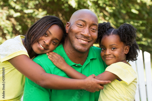 Foto Murales African American father and his children.