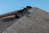Damaged roof - 208191806