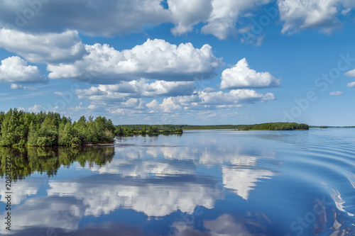 Aluminium Blauwe jeans Landscape on the river Vyg, Russia