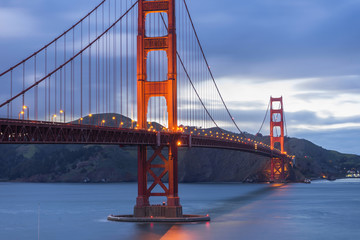 Golden Gate Bridge at evening light, San Francisco © bennnn
