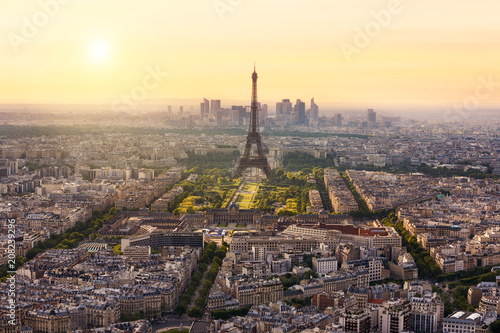 Fotobehang Eiffeltoren Paris skyline with Eiffel Tower, France