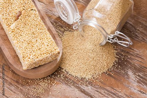 Amaranth seeds, Cereal bar - amaranthus