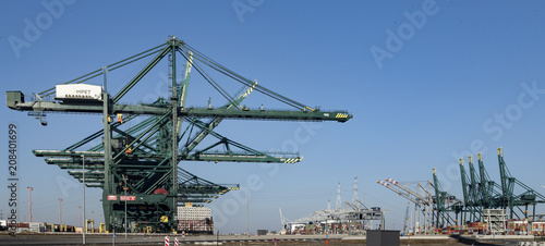 Aluminium Antwerpen Deurganckdock, Antwerp Belgium, port for the biggest containerships