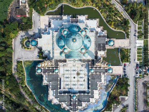 Fotobehang Kuala Lumpur Top view of the Federal Territory Mosque Masjid Wilayah in Kuala Lumpur, Malaysia.