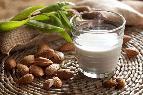 Foto Murales lait d'amande