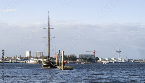 Fotobehang Schip Port of Lorient city, view from the opposite shore
