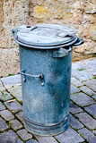 old garbage bin - 208485840