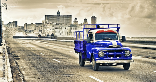 view of a old classic truck in the malecon of havana - 208521616