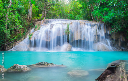 Fotobehang Thailand Erawan Waterfall in Thailand