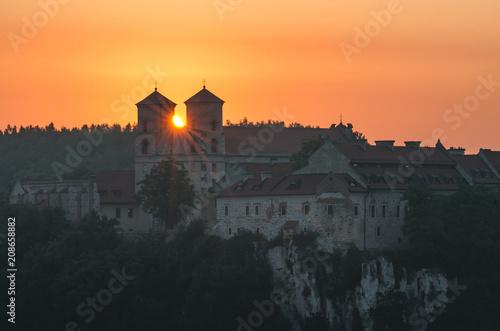 Fotobehang Zonsopgang Sunrise over Tyniec abbey in Krakow, Poland