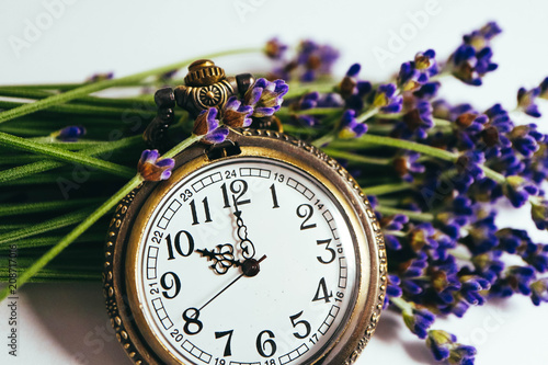 Vintage fancy pocket watch and bunch of lavender flower. Time to pick up lavender harvest concept. - 208717016