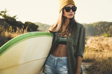 Surfer Girl - 208891297