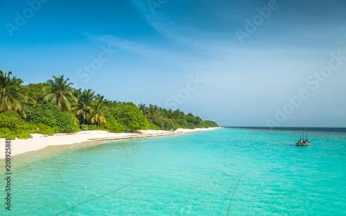 Fotobehang Tropical strand Maldives, the perfect white beach, paradise