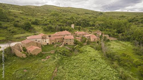 Fotobehang Landschappen Navabellida abandoned village view in Soria province, Spain