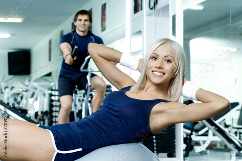 fitness couple in gym - 209084644