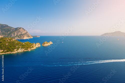 Aluminium Nachtblauw beautiful scenery of the mountains in the sea