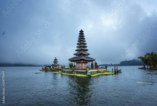 Ulun Danu Beratan Temple, Bali ,Indonesia - 209178699