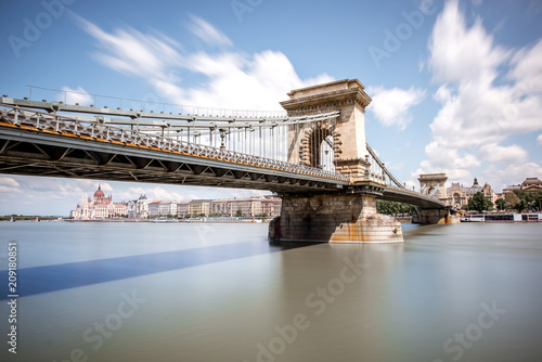 Landscape view on the Chain bridge on Danube river during the daylight in Budapest city, Hungary. Long exposure image technic - 209180851
