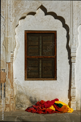 Foto Murales indian colourful street view