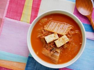 한국의 음식 김치찌개