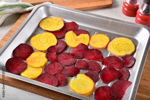 Foto Murales Sliced beets in a baking pan