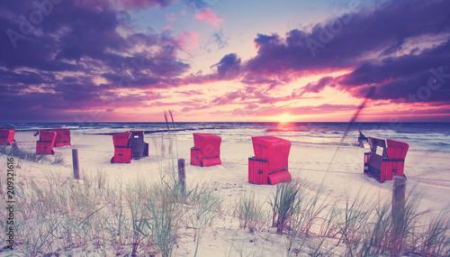 Fotobehang Noordzee romantischer Abend am Strand