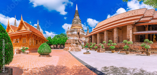 Fotobehang Thailand A pagoda of Wat Yai Chaimongkol Temple is the famous Temple in Ayutthaya, Thailand..