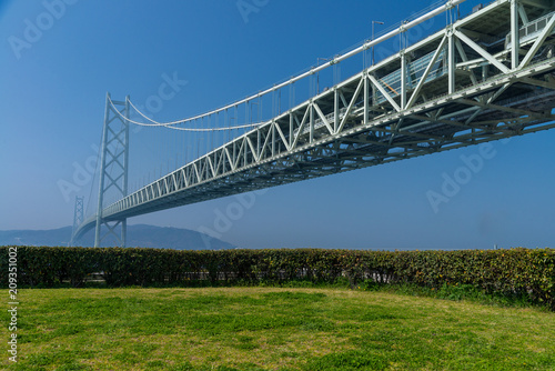 Plakat Akashi Kaikyo bridge, the world longest suspension metal bridge in Kobe, Japan