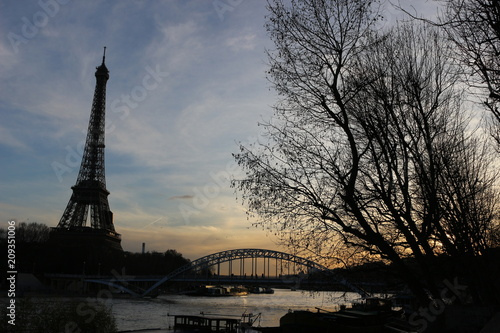 Sticker Eiffel Tower at Sunset