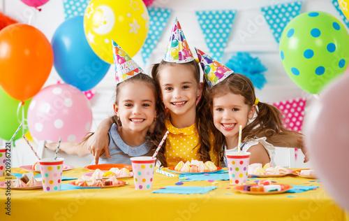 Leinwanddruck Bild n's birthday. happy kids with cake
