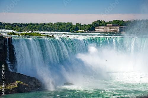 Gorgeous Niagara Falls - 209376839