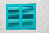 ventana con persiana verde mediterraneo 4M0A1771-f18
