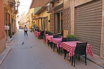 Sicile, ruelle de la ville de Marsala © foxytoul