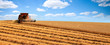Leinwanddruck Bild - Machine agricole en campagne > France