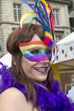 Gay-pride. portrait d'un travesti - 209609804