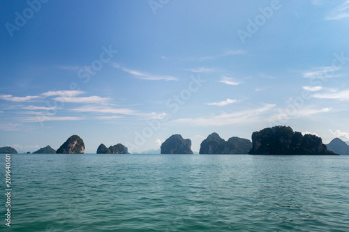Fotobehang Tropical strand sea view island landscape blue sky white cloud