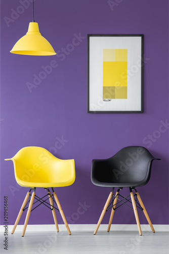 Foto Murales Yellow and black chair