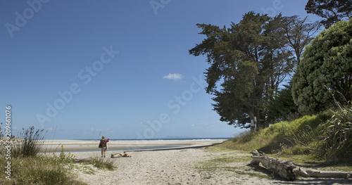 Aluminium Zomer Going to the beach. New Zealand