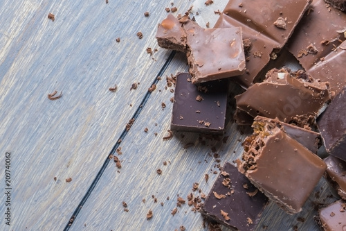 crushed chocolate pieces