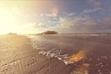 Strand von St. Peter-Ording im Gegenlicht - 209754465