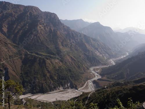 Foto Murales Bergstraßen im Himalaya Gebiet von Uttarakhand Indien nur für erfahrene Fahrer geeignet
