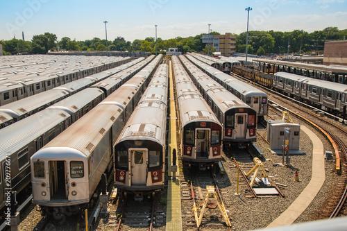 Aluminium Spoorlijn Deposito Treni Trains