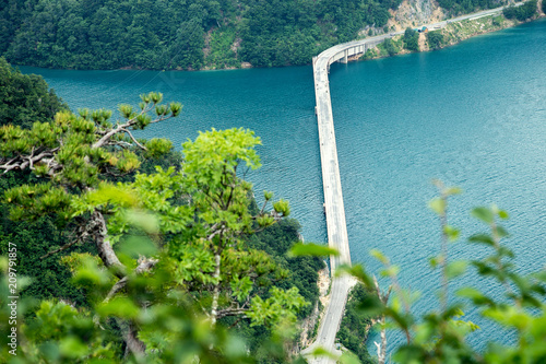Fotobehang Groen blauw The Piva Canyon in Montenegro