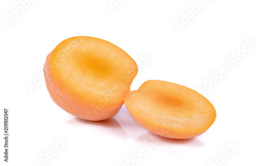 Foto Murales Yellow peach isolated on the white background