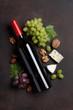 Leinwanddruck Bild - Wine, grape and cheese