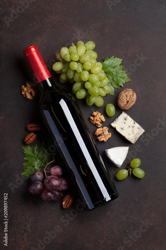 Leinwanddruck Bild Wine, grape and cheese