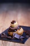religieuse au chocolat, pâtisserie - 209927035