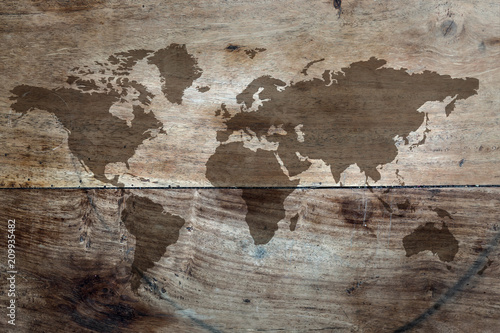 World map on the boards © rzoze19