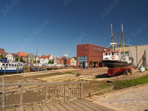 Fotobehang Noordzee Husum Werft