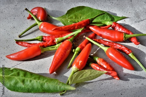 Fotobehang Hot chili peppers Garden fresh birds eye chillies